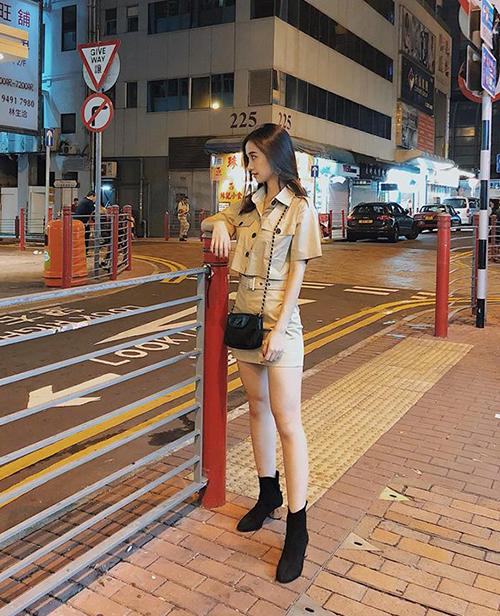 Jun Vũ có vẻ ngoài mong manh nhưng lại rất thích cách mặc đồ có chút bụi bặm, giống như set đồ theo phong cách quân đội này.