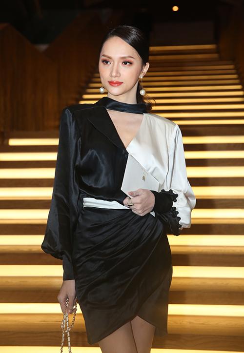 Hoa hậu Hương Giang là một đồng nghiệp thân thiết với Trường Giang.