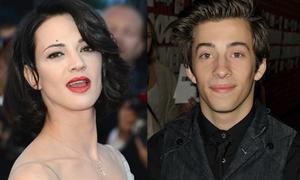 Sao nam Hollywood lần đầu kể chi tiết chuyện bị nữ đạo diễn lạm dụng tình dục