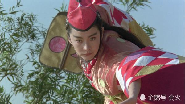 Đông Phương bất bại của Lâm Thanh Hà khiến đàn em khó vượt qua.