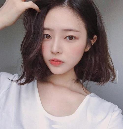 Kiểu tóc hot nhất mùa thu được lòng con gái khắp châu Á - 4