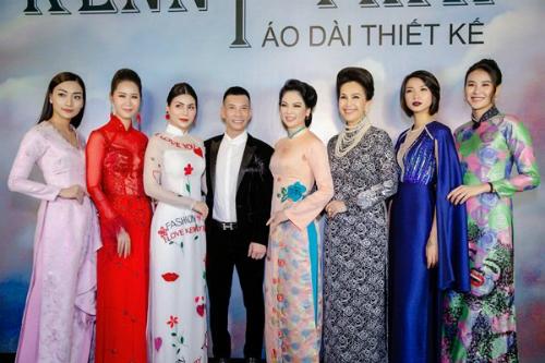 Chuyên gia trang điểm Kenny Thái  người được mệnh danh là phù thuỷ make-upvới gần 20 năm trong nghề vừa quabất ngờ ra mắt công chúng với vai trò mới đó là một nhà thiết kế áo dài.