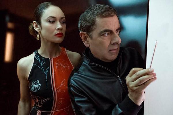 Thân hình người mẫu của Olga khiến cô mặc trang phục nàocũng đẹp.