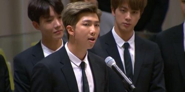 RM (BTS) đã học tiếng Anh thế nào để có thể phát biểu ở Liên Hợp Quốc?