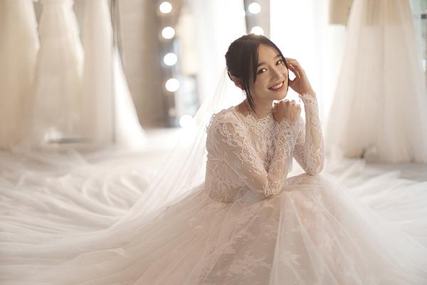 Những bí mật sau 5 chiếc váy cưới của Nhã Phương ít ai biết - 2