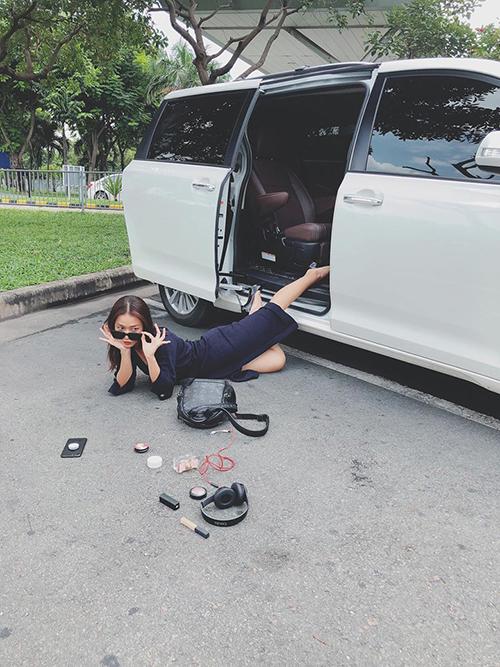 Sao Việt đua nhau chụp ảnh ngã sấp mặt, ai tạo nên bức ảnh bá đạo nhất? - 4