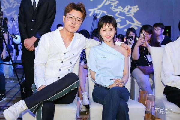 Những mối tình ít người biết trong làng giải trí Hoa ngữ