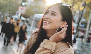 Hoa hậu Trần Tiểu Vy đẹp như gái Tây ở Pháp