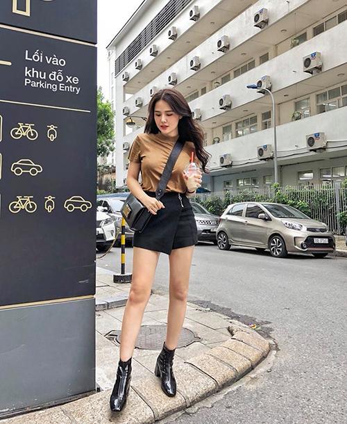 Phanh Lee có lối mặc đồ dễ học hỏi, đáng để các nàng học tập khi trời vào thu.