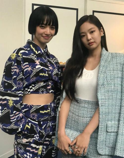 Đọ sắc với những mẫu nổi tiếng của châu Ánhư Nana Komatsu...