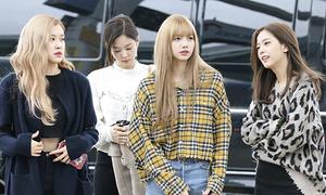 Jennie bị chê giống học sinh tiểu học, Twice mặc đồ như ở phòng tập