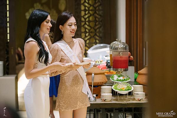 Phương Nga tự tin nói tiếng Anh, đọ sắc vóc ở Miss Grand International 2018 - 4