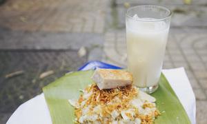 'Xôi xéo chị Mây' gần 24 năm vẫn đắt khách ở Hà Nội