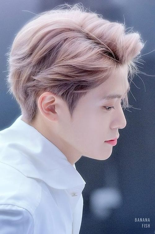 Jae Hyun được coi là mỹ nam sở hữu mái tóc đáng ngưỡng mộ nhất Kpop,