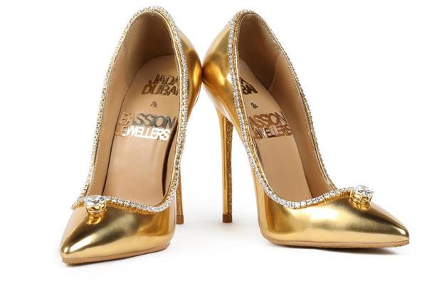 Đôi giày cao gót đắt nhất thế giới trông thế nào mà chưa ai mua nổi?
