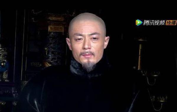 Hình ảnh cô độc của Càn Long khi về già.
