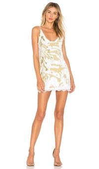 Sành sỏi chọn chiếc váy có giá cao nhất - 4