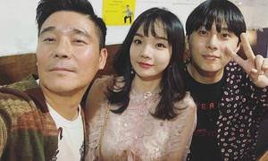 Nữ cổ động viên VN gây sốt tại Asiad sang Hàn đóng phim