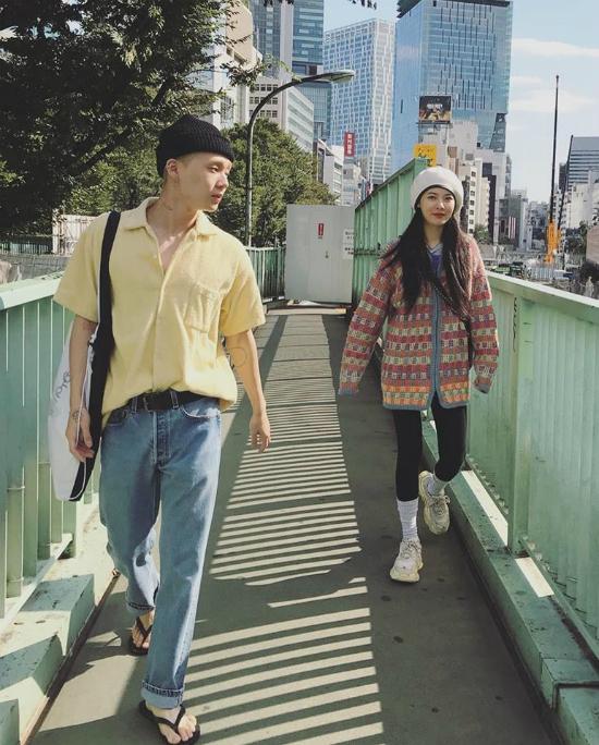 Hyun Ah và bạn trai tự do hẹn hò sau khi rời công ty.