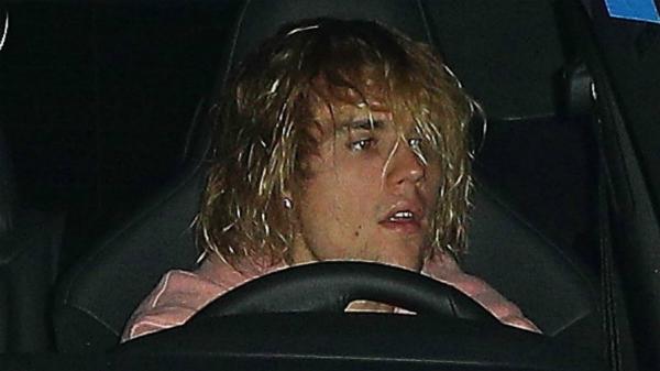 Gương mặt thất thần của Justin tối 10/10.