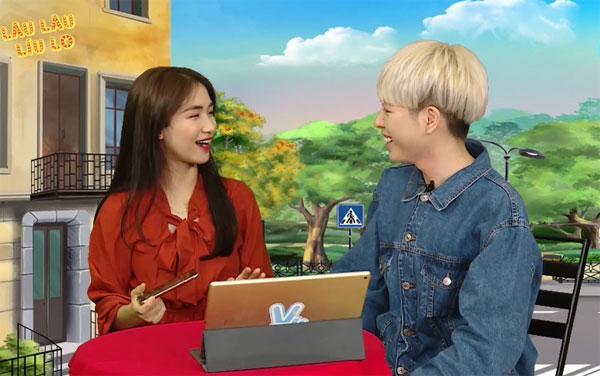Dù Hòa Minzy giải thích nhiều lần rằng cô hài lòng với quyết định của mình và trên thực tế, cô không hề