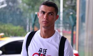 Real Madrid phủ nhận ép Ronaldo ký 'hợp đồng im lặng' 375.000 USD