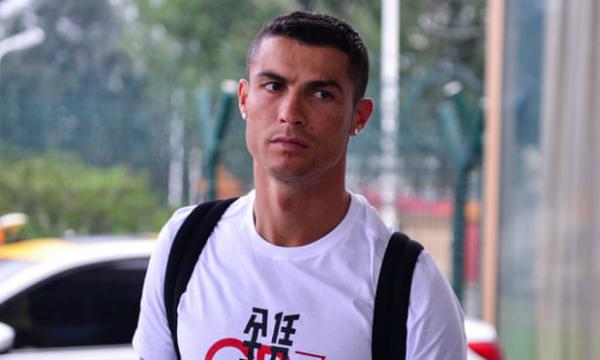 Real Madrid phủ nhận chuyện ép Ronaldo ký bản hợp đồng im lặng 375.000 USD