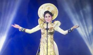 Phần thi 'Trang phục truyền thống' tự tin của Phương Nga tại Miss Grand International 2018