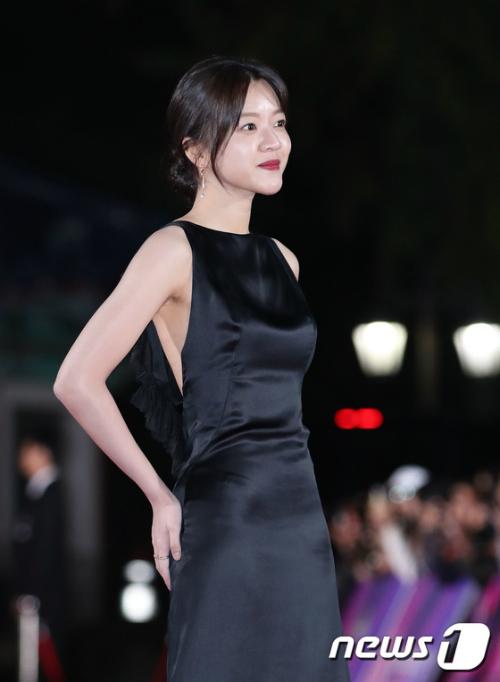 Go Ah Sung là gương mặt sáng giá của làng điện ảnh xứ Hàn dù thuộc thế hệ 9X.