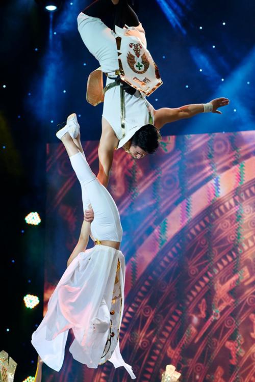 Việt Hương bật khóc trước chuyện đời của Hải Yến Idol - 3