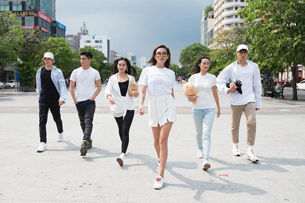 Sau vòng chọn đội của The Face Vietnam 2018, Võ Hoàng Yến đã có được trong tay 5 chiến binh: Brian Trần, Tôn Tuấn Kiệt, Trần Tuyết Như, Nguyễn Quỳnh Anh và Nguyễn Huy Quang.