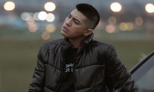 Noo Phước Thịnh khiến fan 'đứng hình' với hình ảnh phong trần