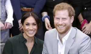 Meghan đã mang thai con đầu lòng với Hoàng tử Harry
