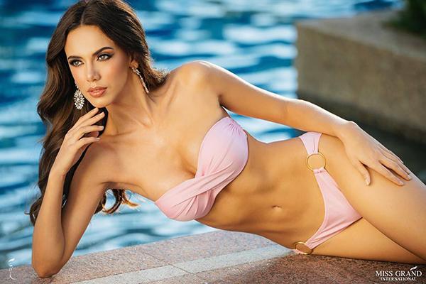Hoa hậu Mexico - Lezly Díaz