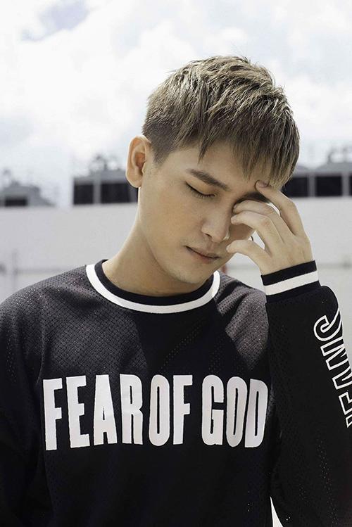 Chàng trai được Ngọc Sơn nhận làm con nuôi sắp debut - 6