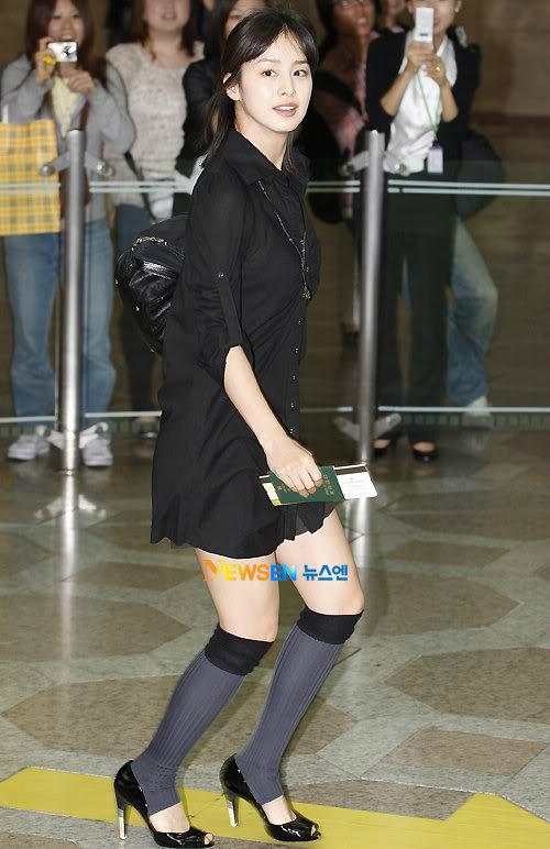 Quá khứ ăn mặc kém sang, sến sẩm của nữ thần sắc đẹp Kim Tae Hee - 8