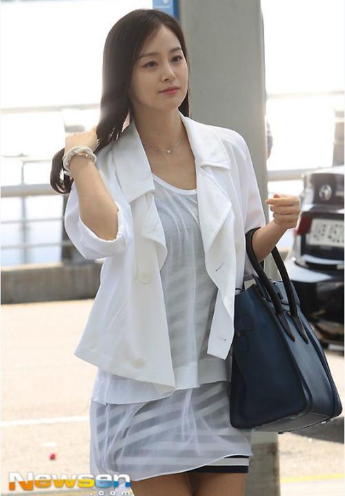 Quá khứ ăn mặc kém sang, sến sẩm của nữ thần sắc đẹp Kim Tae Hee - 7