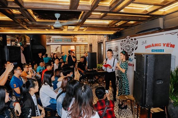 Hoàng Yến Chibi khiến fan phấn khích khi cover Hongkong 1 bản acoustic