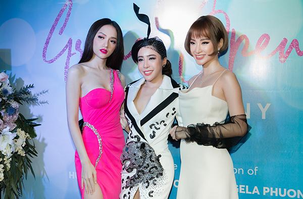 Angela Phương Trinh đổi kiểu tóc búp bế đọ dáng với Hương Giang - 6