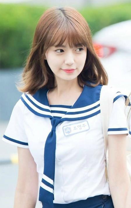 Ju hiện là thực tập sinh của công ty giải trí Rainbow Bridge tại Hàn Quốc. Sau khi được mời tham gia MV của Noo Phước Thịnh, tên tuổi của Ju được fan tìm kiếm.