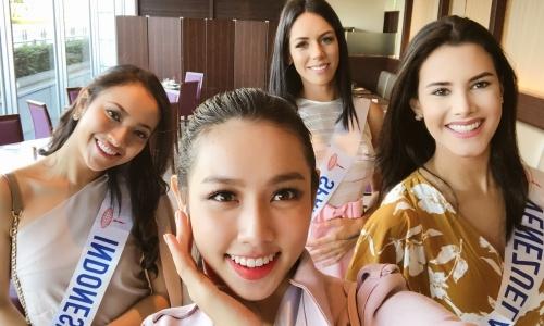 Thùy Tiên chào khán giả bằng 6 thứ tiếng ở Miss International 2018