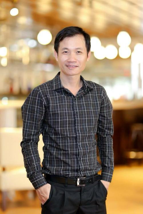 Nhà phê bình âm nhạc Nguyễn Quang Long cho biết nếu còn ở tư cách làm công tác xét duyệt các ấn phẩm băng đĩa ở Nhà Xuất bản Âm nhạc như trước, anh sẽ không đồng ý cho những ca khúc có tiêu đề nhạy cảm được lan truyền phổ biến.