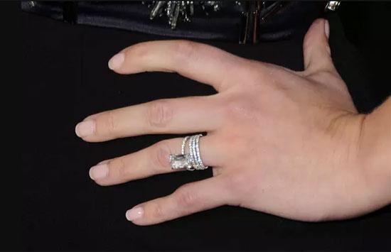 Chủ nhân của những chiếc nhẫn này là ai? - 6