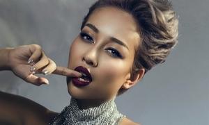 Thảo Trang thừa nhận dao kéo mũi để thoát mác 'xấu lạ'