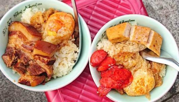 Báo Tây điểm danh 9 món ăn sáng nức tiếng của Việt Nam - 1