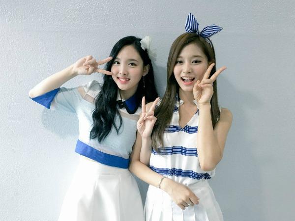 Na Yeon và Tzuyu là hai thành viên thường thay nhau giữ vị trí center của Twice.