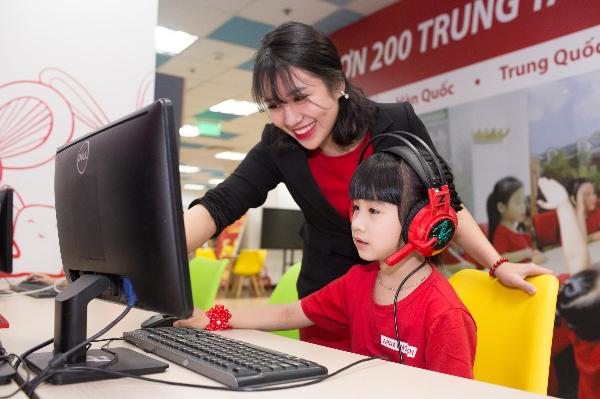 Apax English miễn phí khóa học ôn tập ngữ pháp cho trẻ, giúp học sinh có thể hệ thống lại các kiến thức ngữ pháp thông dụng, bổ sung vốn từ vựng qua các chủ đề khác nhau.