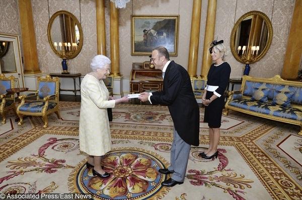8 bí mật ít ai biết về gia đình Hoàng gia - 3
