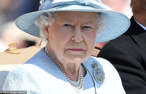 8 bí mật ít ai biết về gia đình Hoàng gia - 5