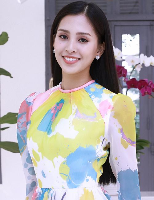 Cô còn khoảng một tháng để chuẩn bị trước khi lên đường tham dự Miss World 2018 ở Trung Quốc.